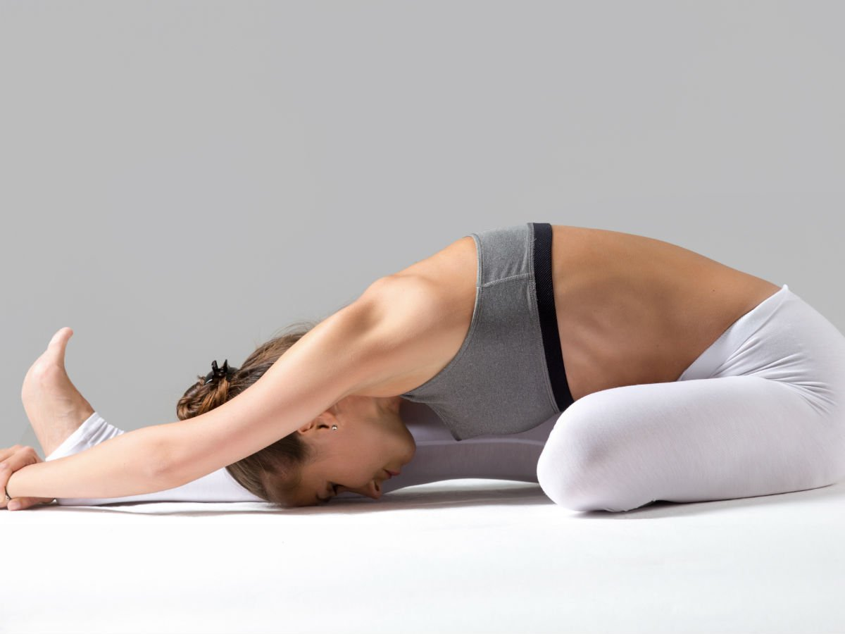 47 Yoga Poses Perfect for Stretching Before Bed - YYC Fitness